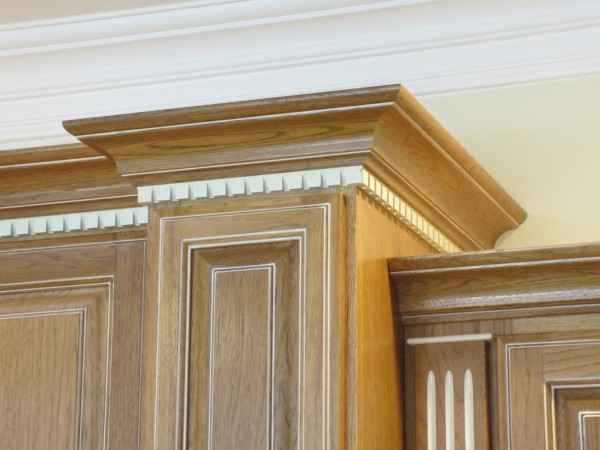 Dentil Crown